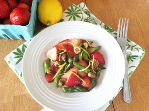 Strawberry Asparagus Spring Salad