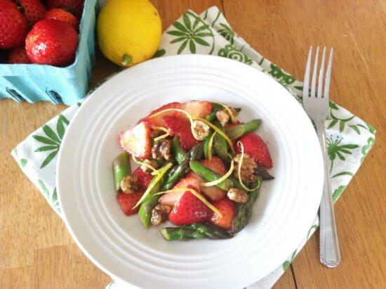 Strawberry Asparagus Spring Salad