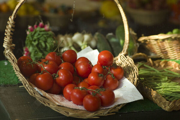 ... beautiful tomatoes is a fresh garden tomato sauce filled with goodies