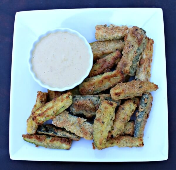 Baked Zucchini Fries with Bloomin' Onion Dipping Sauce (Grain Free ...