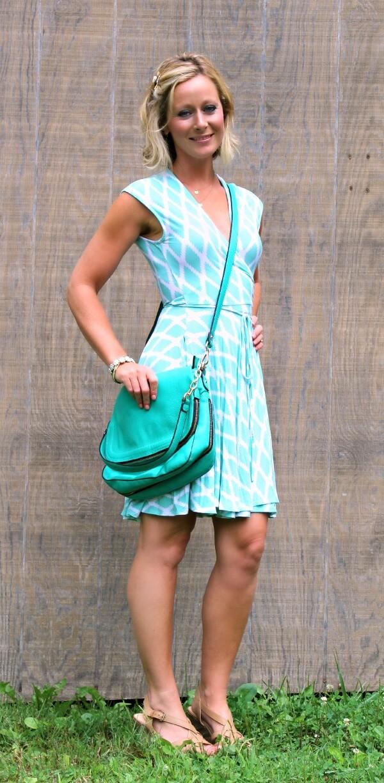 August Stitch Fix Review Hourglass Lilly Kasie Geo Print Jersey Wrap Dress