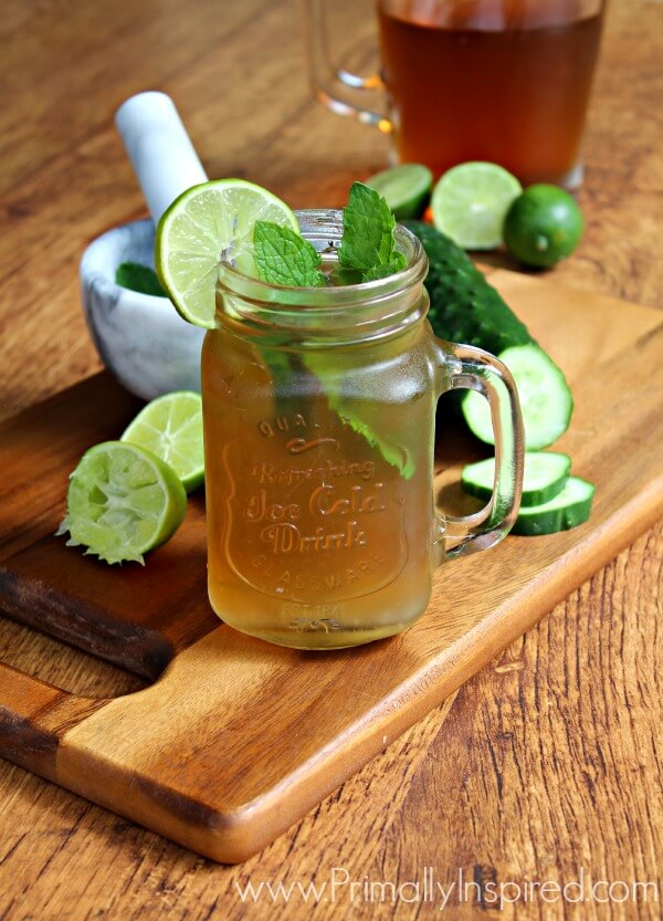 Iced Green Tea Mojito Recipe from Primally Inspired - A great way to help your liver detox