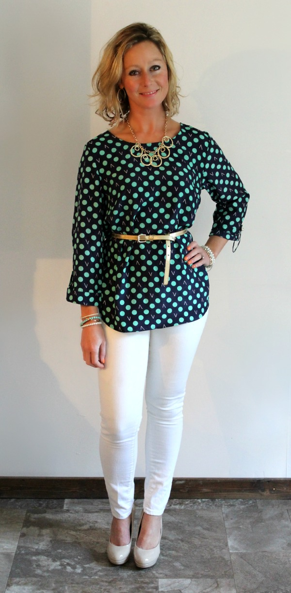 Stitch Fix Review  Bixby Dot Print 34 Tab Sleeve Blouse