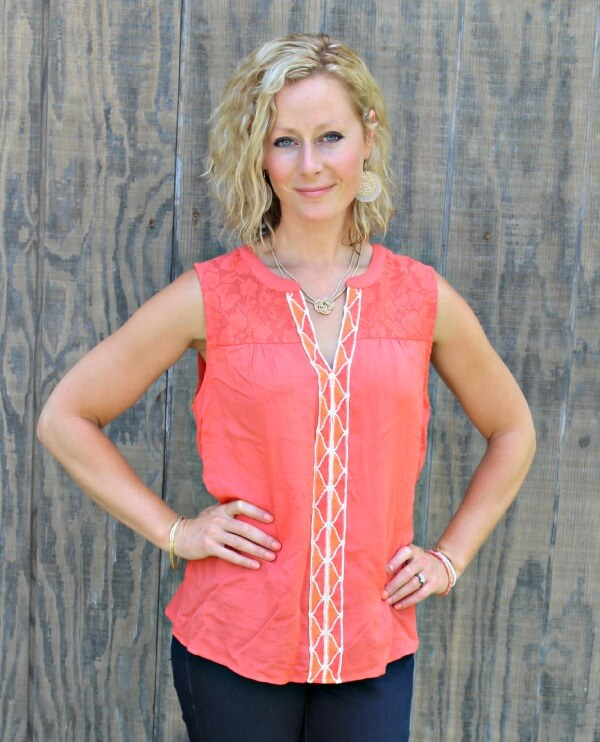 June Stitch Fix Review - Skies are Blue Arlene Embroidered Top #stitchfix