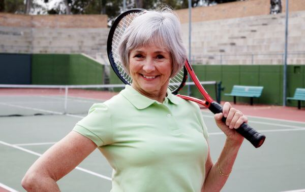 How to Lose Belly Fat - Great tips for seniors! #weightloss #healthyliving